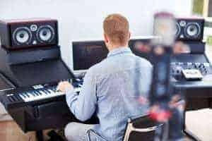 Anders Steen Hansen arbejder i Lydstudiet.com